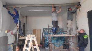 OSP Bucze prace remontowe w garażu remizy