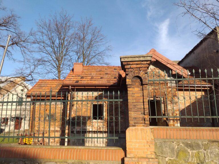 SMBO nowe zadaszenie budynku przy Browarze Okocim
